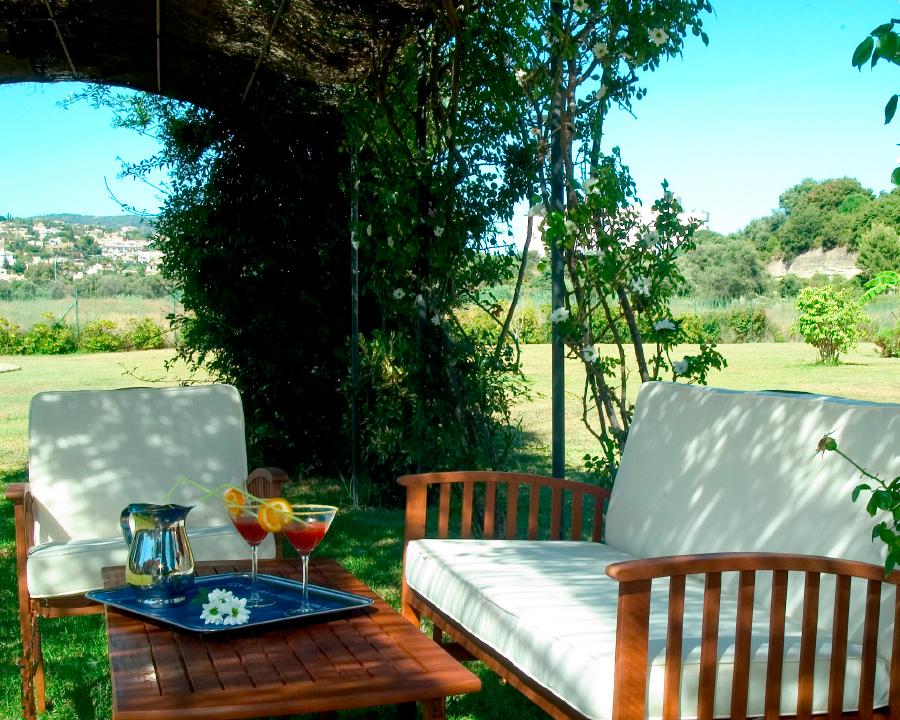 jardin residencia de ancianos marbella
