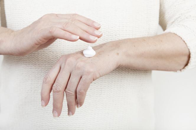 Consejos para cuidar la piel de las personas mayores