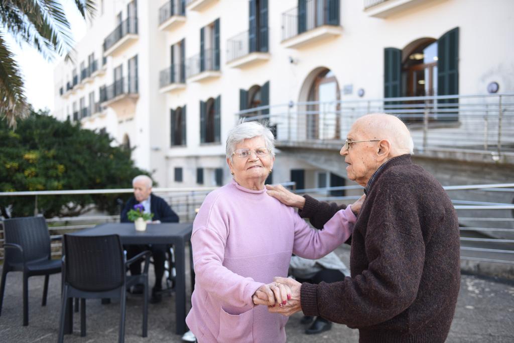 seniors-can-picafort-baile